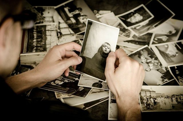 Vælg en lokal fotograf til at tage dine billeder